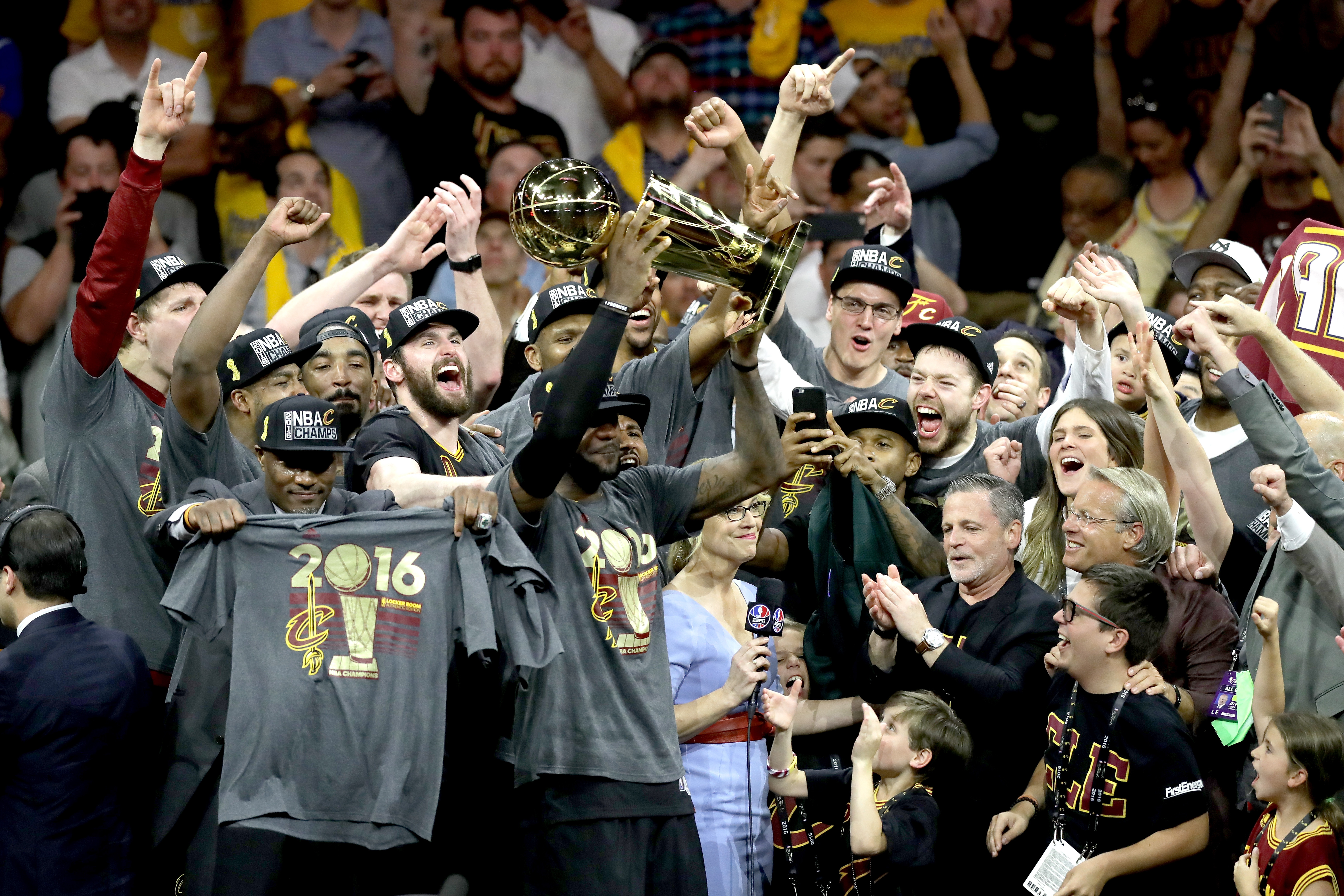 Cleveland Cavaliers: LeBron James and his free agency in ...